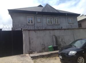 3 bedroom Flat / Apartment for sale chief natufe {james island} Bode Thomas Surulere Lagos