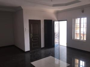 3 bedroom Flat / Apartment for rent Custom  Onike Yaba Lagos