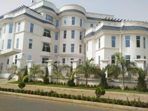 Office Space Commercial Property for sale off Adetokumbo crescent wuse 2 Wuse 2 Abuja