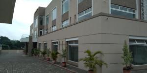 1 bedroom mini flat  Shop in a Mall Commercial Property for rent  Aminu  Kano Crescent. Wuse 2 Abuja