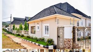 10 bedroom House for sale Emmanuel Mbaka Drive  Asokoro Abuja