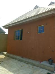 2 bedroom Terraced Bungalow House for rent Behind nnpc before adegbayi Alakia Ibadan Oyo