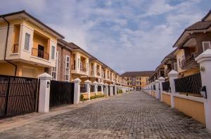 2 bedroom Flat / Apartment for sale Ologolo road Ologolo Lekki Lagos