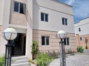 2 bedroom Flat / Apartment for rent Along paradise estate  Life Camp Abuja