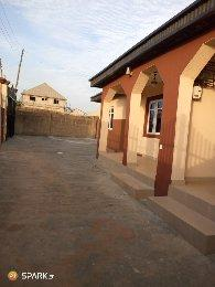 2 bedroom Terraced Bungalow House for rent Gospel area Ojoo Ibadan Oyo