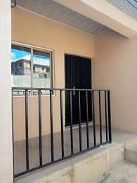 2 bedroom Blocks of Flats House for rent Peluseriki,after Ireakari estate  Akala Express Ibadan Oyo