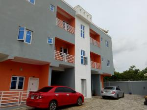 2 bedroom Blocks of Flats House for rent gold gourt Katampe Main Abuja