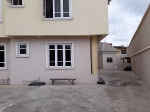 3 bedroom Flat / Apartment for rent Mobo street Lawanson Surulere Lagos