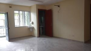 3 bedroom Flat / Apartment for rent In a gated Estate in Onike-Iwaya, Yaba.  Onike Yaba Lagos