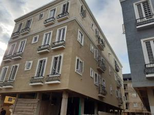 3 bedroom Flat / Apartment for sale Adekunle Yaba Lagos
