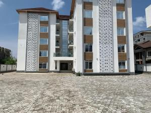 3 bedroom Flat / Apartment for rent OFF PRINCE ALABA ONIRU ROAD ONIRU Victoria Island Lagos