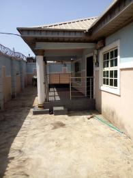 3 bedroom Detached Bungalow House for sale alakia junction area, alakia ibadan Ibadan Oyo