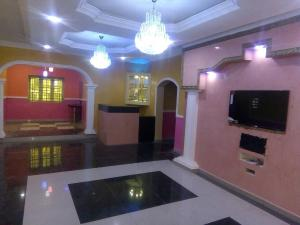 3 bedroom Detached Bungalow House for sale Located at APO district fct ABUJA for sale Apo Abuja