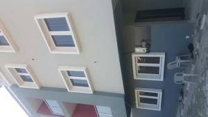 3 bedroom House for rent Ajao Road Ogunlana Surulere Lagos
