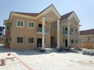 3 bedroom Flat / Apartment for rent Located along christ embassy Durumi Abuja