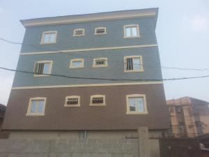 3 bedroom Flat / Apartment for rent Alagomeji, Yaba Lagos - 1