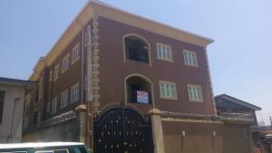 3 bedroom Flat / Apartment for rent Pedro Shomolu Lagos - 1