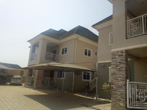 3 bedroom Block of Flat for rent Along nnpc filling station in jahi Jahi Abuja