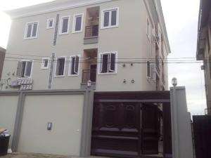 3 bedroom Blocks of Flats House for rent mbanugo street Kilo-Marsha Surulere Lagos