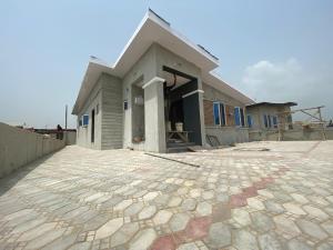 3 bedroom House for sale Vantage Court Bogije, Lekki - Epe Expressway, Ajah Off Lekki-Epe Expressway Ajah Lagos