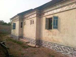 3 bedroom Detached Bungalow House for sale Ologuneru  Eleyele Ibadan Oyo