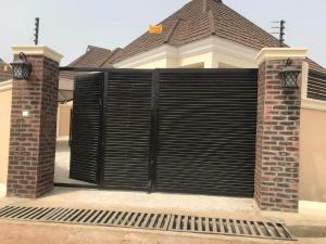 3 bedroom Detached Bungalow House for sale Emmanuel estate,after nihort school Idishin Ibadan Oyo