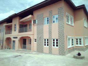 3 bedroom Blocks of Flats House for rent Olosan,oke Alapata, Alakia. Alakia Ibadan Oyo
