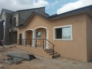 3 bedroom Flat / Apartment for rent Behind  bovas filling station  Oluyole Estate Ibadan Oyo
