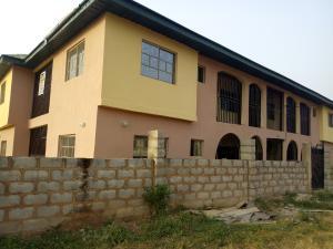 3 bedroom Blocks of Flats House for rent Oloogbo Ologuneru Eleyele Ibadan Oyo