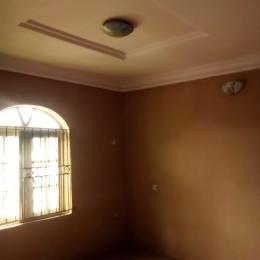 3 bedroom Flat / Apartment for rent Akinkunmi street off karonwi ,kilo Kilo-Marsha Surulere Lagos