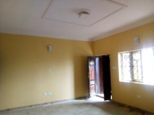 3 bedroom Flat / Apartment for rent Cole street off olufemi by ogunlana drive Ogunlana Surulere Lagos