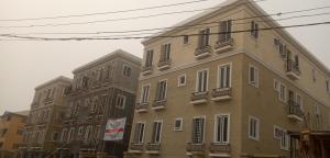 3 bedroom Mini flat Flat / Apartment for sale Adekunle Adekunle Yaba Lagos