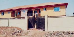 3 bedroom Blocks of Flats House for rent Alakia Isebo Area  Alakia Ibadan Oyo