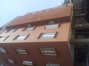 3 bedroom Flat / Apartment for rent  GRA Alagomeji Yaba Lagos