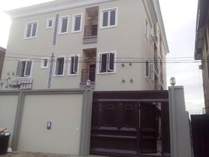 3 bedroom Flat / Apartment for rent off  Ogunlana Surulere Lagos