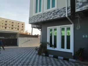 4 bedroom House for rent 120 Ikate Lekki Lagos