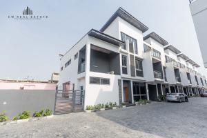 4 bedroom Terraced Duplex House for sale ... Lekki Phase 1 Lekki Lagos