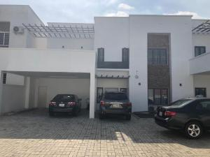 4 bedroom Semi Detached Duplex House for sale Utako Abuja