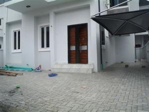 4 bedroom Detached Duplex House for sale Alternative route chevron Lekki Lagos