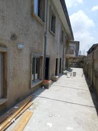2 bedroom Blocks of Flats House for rent . Fola Agoro Yaba Lagos