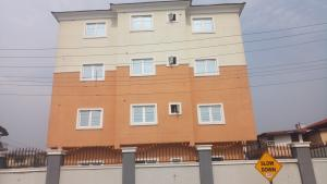 3 bedroom Flat / Apartment for sale By Hughes Avenue ( Close to Sweet Sensation)  Alagomeji Yaba Lagos