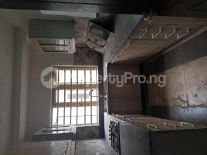 3 bedroom Penthouse Flat / Apartment for rent Iponri Iponri Surulere Lagos
