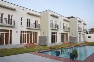 3 bedroom Terraced Duplex House for rent Banana Banana Island Ikoyi Lagos