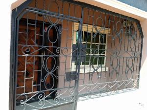 1 bedroom mini flat  Shared Apartment Flat / Apartment for rent Asuquo Ibanga street, Use Offot Uyo Akwa Ibom