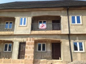 3 bedroom Blocks of Flats House for sale Jehovah witness street, off Guobadia road, country home road benin. Oredo Edo