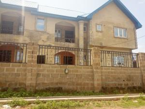 3 bedroom Studio Apartment Flat / Apartment for rent Irewole Estate,Kuola area Akala Express Ibadan Oyo