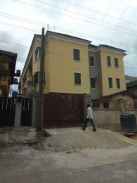 3 bedroom Flat / Apartment for rent Estate Fola Agoro Yaba Lagos