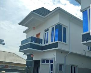 4 bedroom Detached Duplex House for rent Near jakande  Ologolo Lekki Lagos