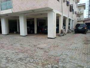 1 bedroom mini flat  Self Contain Flat / Apartment for rent  Ibile Close,off Palace road Oniru. ONIRU Victoria Island Lagos