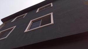1 bedroom mini flat  Mini flat Flat / Apartment for rent - Adekunle Yaba Lagos